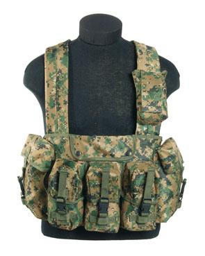 CHEST RIGG 6-POCKET DIGITAL WOODLAND